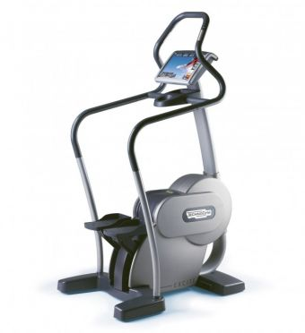 TechnoGym stepper Step Excite 700i.e classic silver with LCD TV used