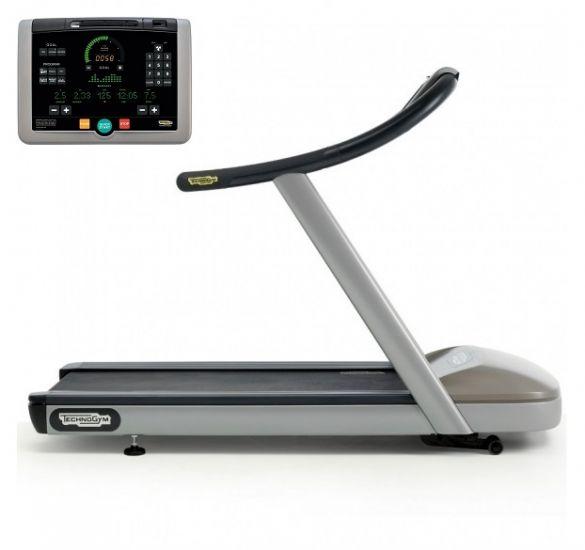TechnoGym Treadmill Jog Now Excite+ 700i Silver Used
