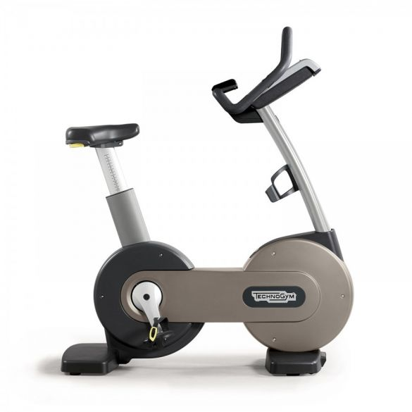 Technogym excercise Bike Excite+ 700i silver used   BBTGNBE700IZI