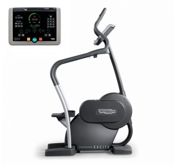 Technogym stepper Step Excite+ 700i black used  BBTGSTE700IZW