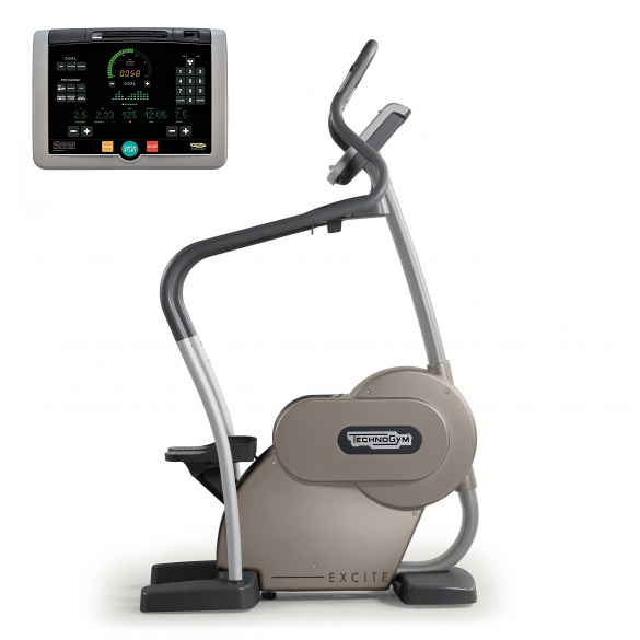 Technogym stepper Step Excite+ 700i silver used  BBTGSTE700IZI