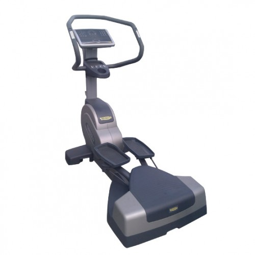 TechnoGym lateral trainer Wave Excite+ 700i classic silver with LCD TV used  BBTGWEE700IeLCDTV